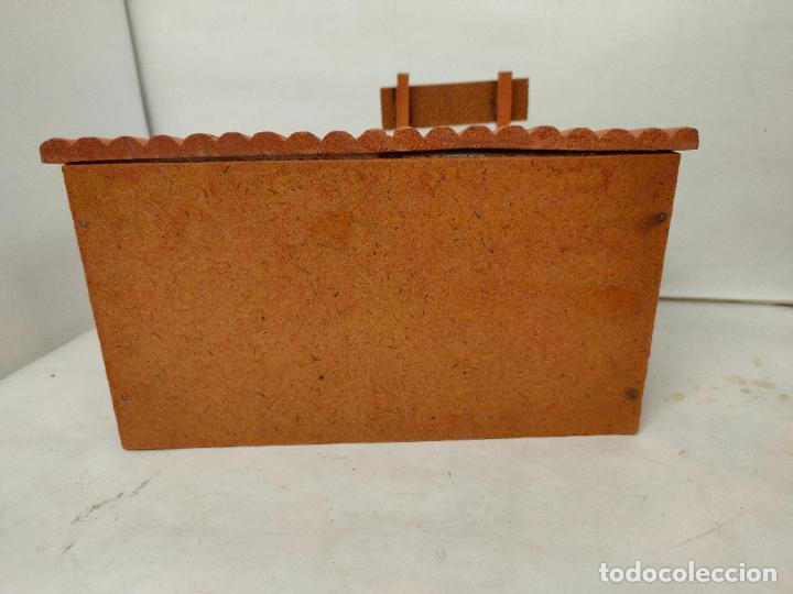 Figuras de Goma y PVC: Casas de madera fabricadas para Teixido por Juguetes Gracia. Herrería,Banco,Almacen y Carcel.Sin uso - Foto 7 - 196773930
