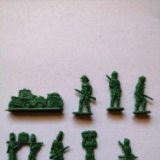 Figuras de Goma y PVC: LOTE 8 FIGURAS DE PLÁSTICO TEMÁTICA ÁFRICA SAFARI AÑOS 60. Lote 196925996