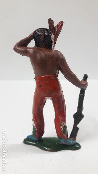 Figuras de Goma y PVC: GUERRERO INDIO OTEANDO EL HORIZONTE . REALIZADO POR TEIXIDO . AÑOS 50 EN GOMA - Foto 2 - 197030565