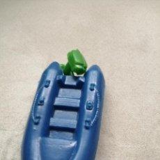 Figuras de Goma y PVC: ANIGUA BARCA DE PLASTICO INFLADO. Lote 197223466