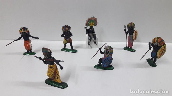 GUERREROS Y REY - SERIE KAKUANAS . REALIZADOS POR PECH . AÑOS 50 EN GOMA (Juguetes - Figuras de Goma y Pvc - Pech)
