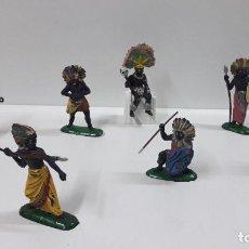 Figuras de Goma y PVC: GUERREROS Y REY - SERIE KAKUANAS . REALIZADOS POR PECH . AÑOS 50 EN GOMA. Lote 197426343