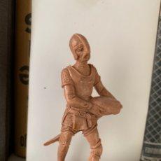 Figuras de Goma y PVC: FIGURA MEDIEVAL. JECSAN. 8,5 CM. MONOCOLOR AÑOS 60. Lote 197848992
