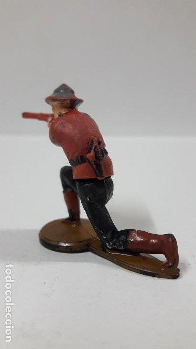 Figuras de Goma y PVC: POLICIA MONTADA DEL CANADA . REALIZADO POR GAMA . AÑOS 50 EN GOMA - Foto 4 - 198162553