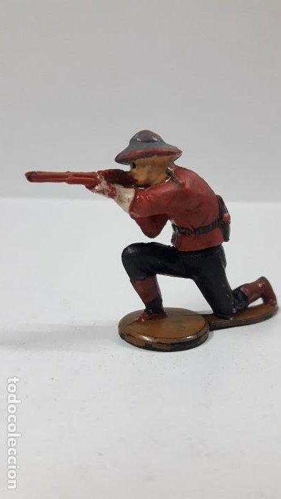 POLICIA MONTADA DEL CANADA . REALIZADO POR GAMA . AÑOS 50 EN GOMA (Juguetes - Figuras de Goma y Pvc - Gama)