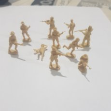 Figuras de Goma y PVC: LOTE 10 SOLDADOS MINIATURA 2,5CM DE PLASTICO. Lote 198166537