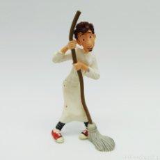 Figuras de Goma y PVC: ALFREDO LINGUINI DE RATATOUILLE DE BULLYLAND. Lote 198489092