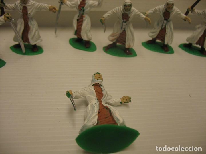 Figuras de Goma y PVC: lote de 9 figuras de plastico tipo musulman en batalla - Foto 3 - 198661856