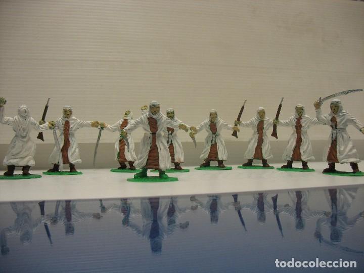 Figuras de Goma y PVC: lote de 9 figuras de plastico tipo musulman en batalla - Foto 5 - 198661856