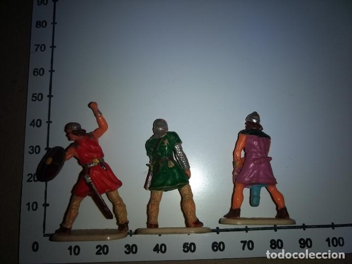 Figuras de Goma y PVC: 3 FIGURAS PLÁSTICO MEDIVALES PARA EXIN CASTILLOS HISTÓREX ELASTOLIN - Foto 2 - 198748158