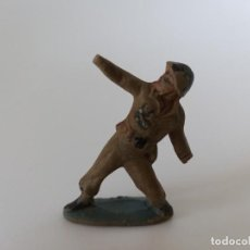 Figuras de Goma y PVC: FIGURA GOMA SOLDADO AÑOS 50 RARO PECH HNOS. Lote 198749546