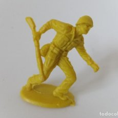 Figuras de Goma y PVC: FIGURA SOLDADO AMERICANO. Lote 198749712