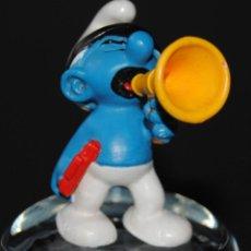 Figuras de Goma y PVC: FIGURA PITUFO GOMA CON MEGÁFONO SCHLEICH PEYO. Lote 198925808