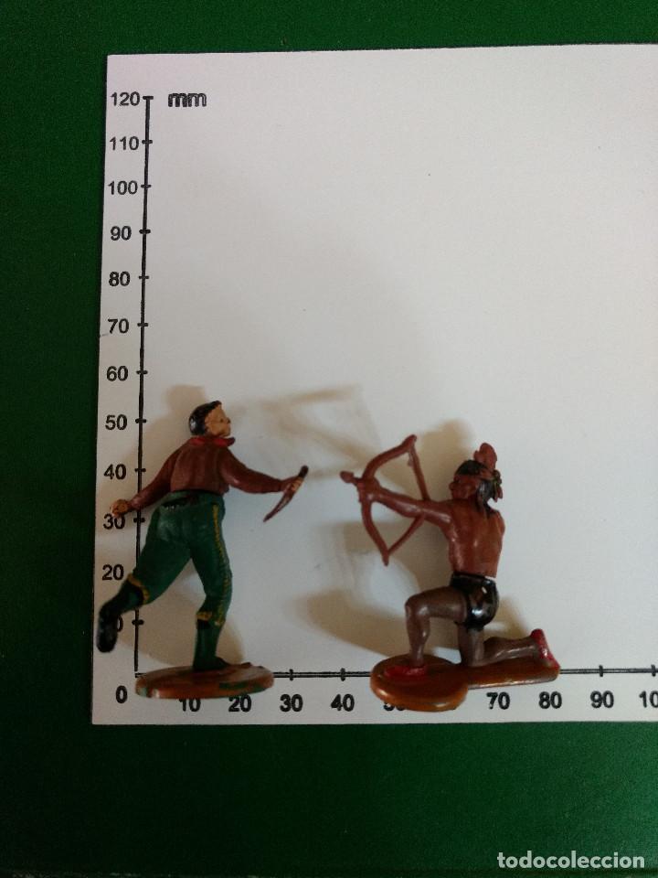 Figuras de Goma y PVC: LOTE 2 FIGURAS DE GOMA INDIO Y VAQUERO GAMA ORIGINAL AÑOS 60 - Foto 2 - 198950152