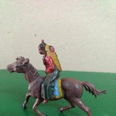 Figuras de Goma y PVC: MUJER INDIA CON NIÑO A CABALLO GOMA ORIGINAL AÑOS 50-60 ASTER. REAMSA ... Lote 198951825