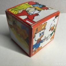 Figuras de Goma y PVC: CAJA SORPRESA AÑOS 70 CON SU CONTENIDO ORIGINAL ( VER FOTOS ) ( REF.8) . Lote 199929480