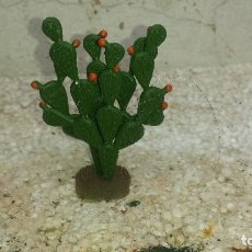 Figuras de Goma y PVC: CACTUS DEL OESTE . Lote 200657065