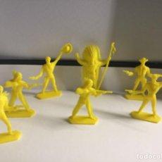Figuras de Goma y PVC: 7 INDIOS Y VAQUEROS DE KIOSCO AÑOS 80 , SON LOS QUE SALÍAN DENTRO DE LOS SOBRE SORPRESAS . Lote 200761256