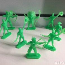 Figuras de Goma y PVC: 8 INDIOS Y VAQUEROS DE KIOSCO AÑOS 80 , SON LOS QUE SALÍAN DENTRO DE LOS SOBRE SORPRESAS . Lote 200761508