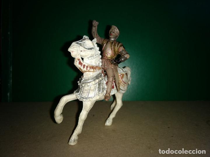Figuras de Goma y PVC: REAMSA CABALLO PLASTICO y GUERRERO GOMA MEDIEVAL SERIE EL CID ORIGINAL 100% AÑOS 50-60 - Foto 2 - 201337800
