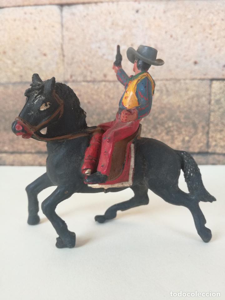 Figuras de Goma y PVC: ANTIGUO MUÑECO DE PLASTICO COWBOY CON CABALLO SOTORES TIPO ESTEREOPLAST PECH, JECSAN, REAMSA,LAFREDO - Foto 4 - 201521430