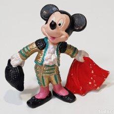 Figuras de Goma y PVC: MICKEY MOUSE TORERO / WALT DISNEY / PINTADO A MANO. Lote 202369920
