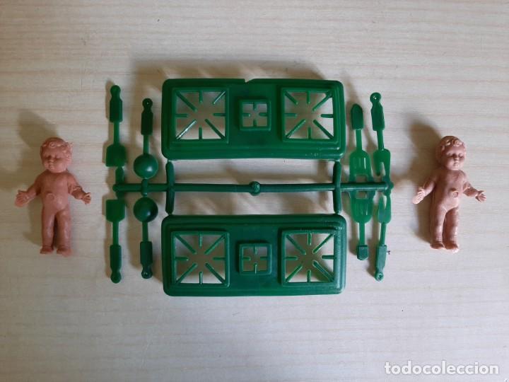 Figuras de Goma y PVC: Sobre Montaplex niñas - Foto 3 - 203577037