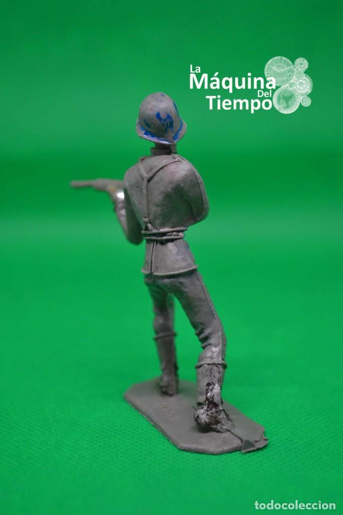 Figuras de Goma y PVC: Soldado alemán (Nº1051) de Comansi 1ª época. Años 60. Ejércitos del Mundo. Ejército alemán. - Foto 5 - 203938018