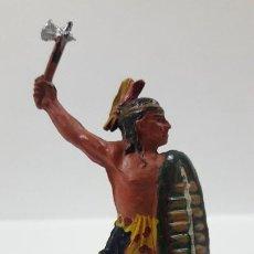 Figuras de Goma y PVC: GUERRERO INDIO . REALIZADO POR PECH . AÑOS 50 EN GOMA. Lote 203983920