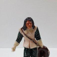 Figuras de Goma y PVC: MOSQUETERO DANDO UNA REVERENCIA . REALIZADO POR JECSAN . ORIGINAL AÑOS 60. Lote 204011502