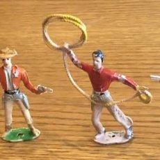 Figuras de Goma y PVC: 4 VAQUEROS DE COMANSI. Lote 204160618