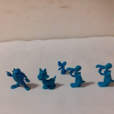 Figuras de Goma y PVC: FIGURAS DUNKIN WARNER AZULES. Lote 204195876