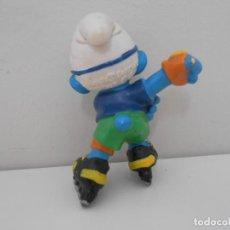 Figuras de Goma y PVC: FIGURA PVC PITUFO SCHLEICH PEYO SMURF PATINADOR PATINANDO 1996. Lote 204670061