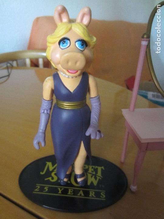 Figuras de Goma y PVC: FIGURA PEGGY -TELEÑECOS- MUPPETS- CON TOCADOR - Foto 2 - 204688598