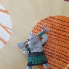 Figuras de Goma y PVC: RINO KUG FU PANDA. Lote 205380476