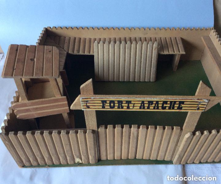 Figuras de Goma y PVC: ANTIGUO FUERTE DEL OESTE FORT APACHE CON LOTE INDIOS Y VAQUEROS DE 1ª ETAPA AÑOS 60-Medida 50X37 - Foto 4 - 205603020