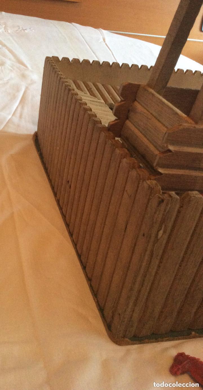 Figuras de Goma y PVC: ANTIGUO FUERTE DEL OESTE FORT APACHE CON LOTE INDIOS Y VAQUEROS DE 1ª ETAPA AÑOS 60-Medida 50X37 - Foto 5 - 205603020
