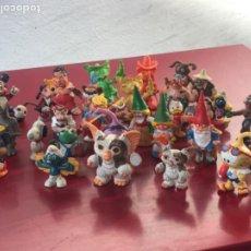 Figuras de Goma y PVC: LOTE DE 30 MUÑECOS DE GOMA. GREMLIN, ET, PITUFOS ETC ETC.. Lote 205720050