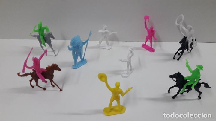 Figuras de Goma y PVC: INDIOS Y VAQUEROS . POSIBLEMENTE MOLDE COMANSI . EN PLASTICO MONOCOLOR . ORIGINAL AÑOS 70 - Foto 5 - 205730587