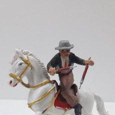 Figuras de Goma y PVC: REJONEADOR A CABALLO . REALIZADO POR PECH . ORIGINAL AÑOS 60. Lote 205734055