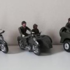 Figuras de Goma y PVC: FIGURA JEEP, DOS MOTOS CON SIDECAR DE TEIXIDO Y 3 MOTOS SENCILLAS, DESFILE DE INFANTERIA, REALIZADAS. Lote 205738238