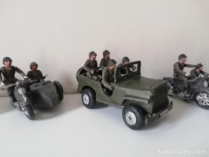 Figuras de Goma y PVC: FIGURA JEEP, DOS MOTOS CON SIDECAR DE TEIXIDO Y 3 MOTOS SENCILLAS, DESFILE DE INFANTERIA, REALIZADAS - Foto 3 - 205738238