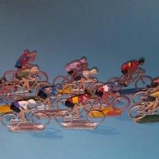 Figuras de Goma y PVC: CICLISTAS SOTORRES- VUELTA CICLISTA - 18 CICLISTAS. Lote 205901307