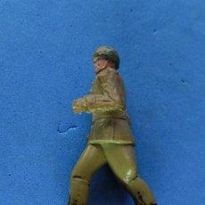 Figuras de Goma y PVC: SOLDADO.. Lote 206164958