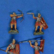 Figuras de Goma y PVC: CUATRO MUY PEQUEÑOS SOLDADOS ROMANOS.. Lote 206167540
