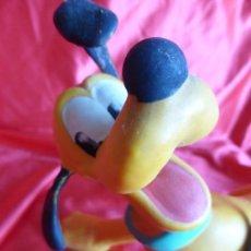 Figuras de Goma y PVC: ANTIGUO MUÑECO PLUTO-WALT DISNEY-GOMA-SONORO-ORIGINAL AÑOS 70-BUEN ESTADO. Lote 206257422
