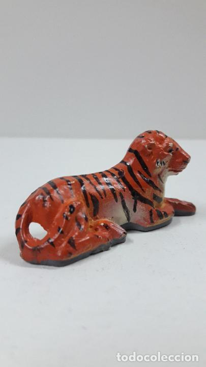 Figuras de Goma y PVC: TIGRE TUMBADO . REALIZADO POR JECSAN . SERIE CIRCO . ANOS 50 EN GOMA - Foto 4 - 206362393