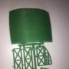 Figuras de Goma y PVC: MONTAPLEX COLADA DEL AEROPUERTO - COLOR FOTO. Lote 206498238