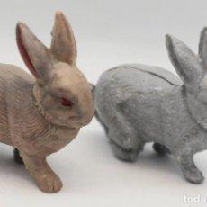 Figuras de Goma y PVC: ANTIGUAS FIGURAS EN PLÁSTICO. CONEJOS.. Lote 206533113