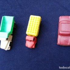 Figuras de Goma y PVC: LOTE COCHE Y CAMIONES PLÁSTICO ANTIGUOS. Lote 206842117